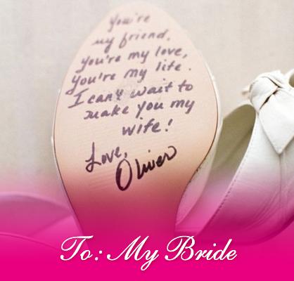wedding day bride note on heels