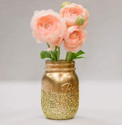 Wedding DIY Ideas: Glitter Mason Jar Centerpieces